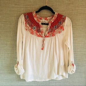Anthropologie Akemi & Kin Tab Sleeve Top